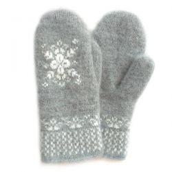 Серые шерстяные варежки со снежинкой