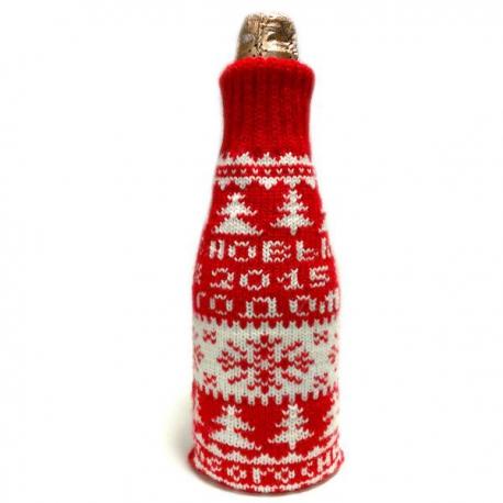 Вязаный чехол с логотипом на бутылку шампанского