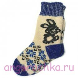 Женские вязаные носки с зайцем