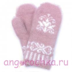 Детские розовые шерстяные варежки с цветочком