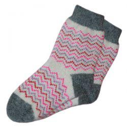 Женские  шерстяные вязаные носки с ярким орнаметом