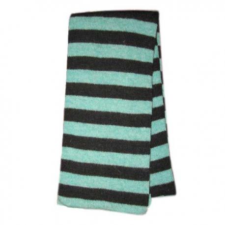 Вязаный шерстяной шарф в полоску