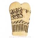 Вязаные шерстяные варежки с узором