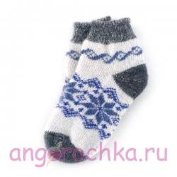Короткие шерстяные носки со снежинками