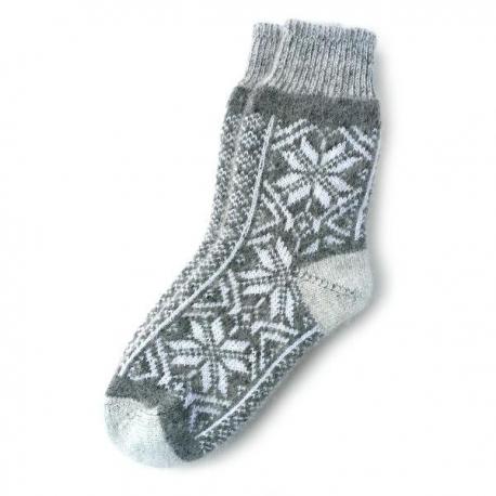 Женские шерстяные носки со снежинкам