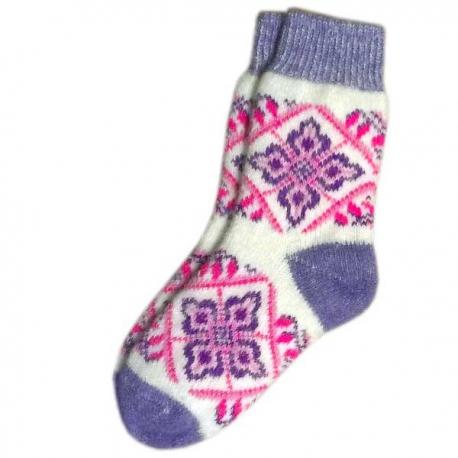 Женские вязаные носки с узором
