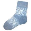 Женские шерстяные носки голубые со снежинками