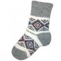 Женские вязаные носки с ромбами