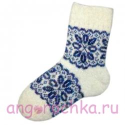 Женские вязаные носки белые с синим узором
