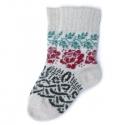 Вязаные шерстяные носки с цветочным орнаментом
