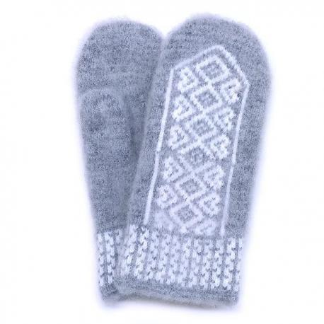 Серые шерстяные варежки с белым орнаментом