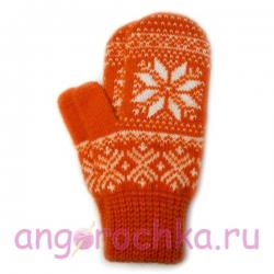 Оранжевые шерстяные варежки с белой снежинкой