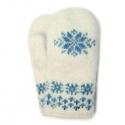 Белые вязаные шерстяные варежки со снежинкой