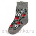 Женские шерстяные носки с земляникой