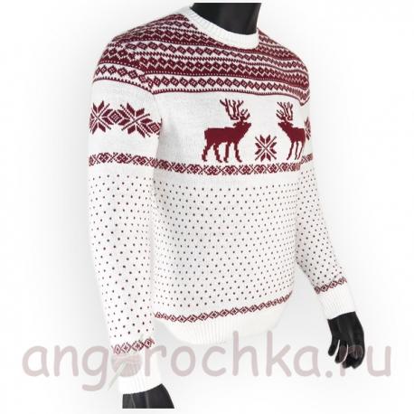 Белый шерстяной свитер с оленями