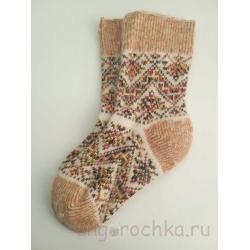 Женские носки с желто-коричневым орнаментом