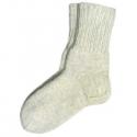 Белые шерстяные носки ручной работы